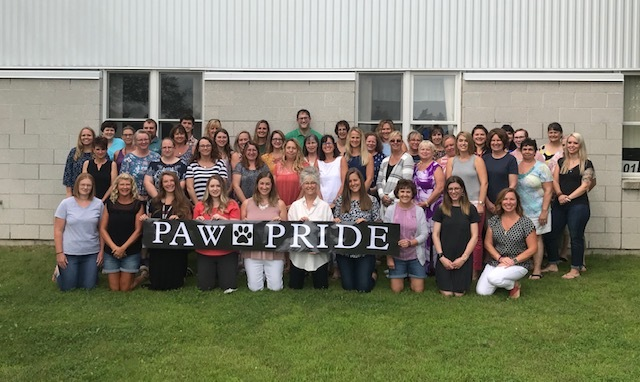 SVES Staff welcome a new school year!